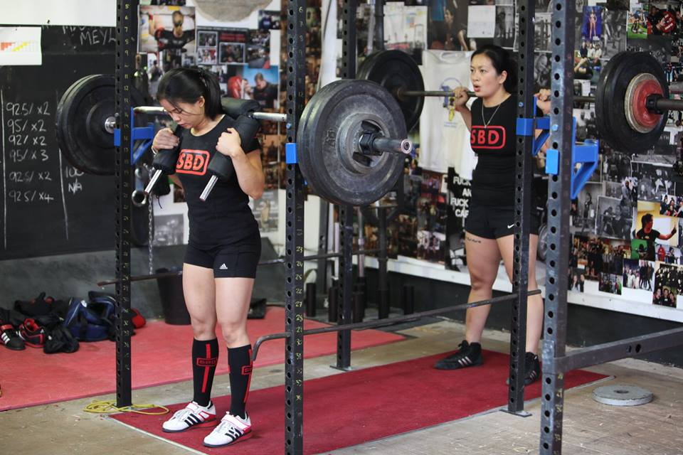 Ladies Squatting SBD